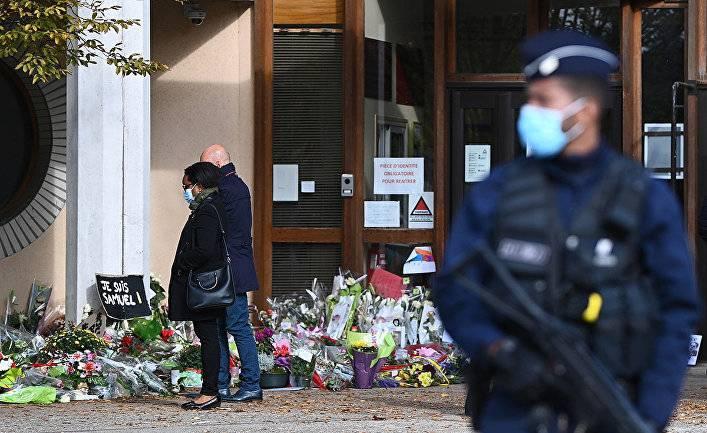 France Info (Франция): что сказал на допросе в полиции Самюэль Пати за четыре дня до его убийства