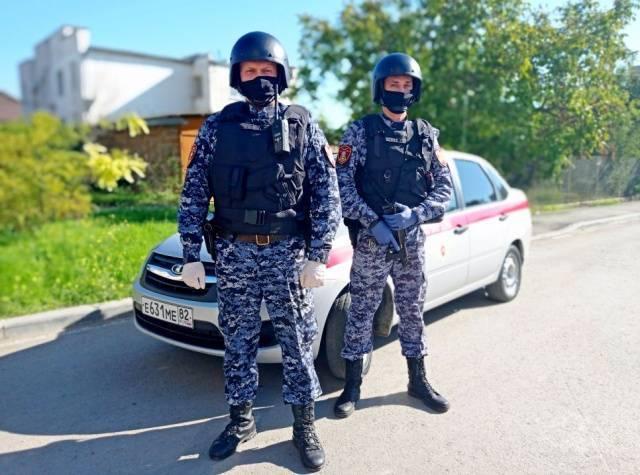 Кузбассовец в Крыму угрожал учителю школы расправой