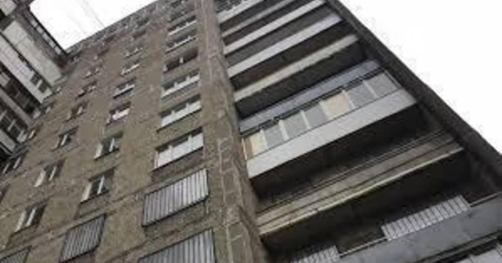 В мэрии рассказали о судьбе накренившегося дома на Московском проспекте