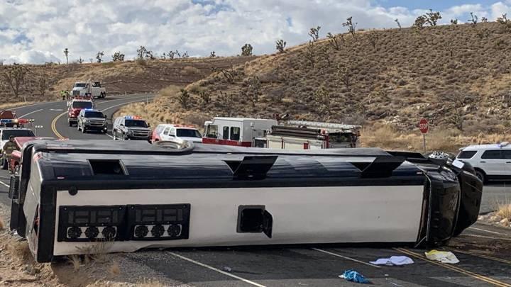 В Америке перевернулся автобус с туристами, следовавший в Гранд-Каньон