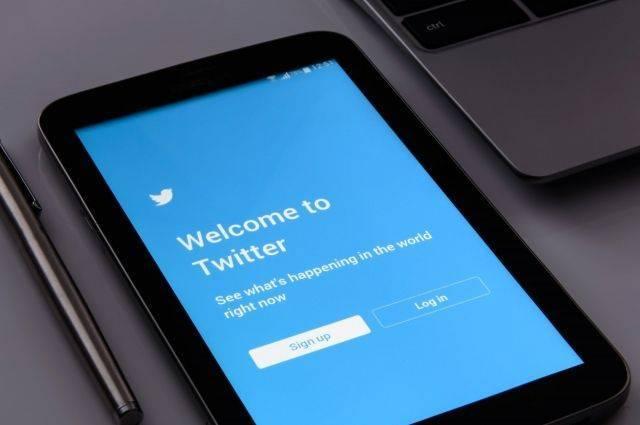 Twitter заблокировал аккаунт, возможно связанный с аятоллой Хаменеи