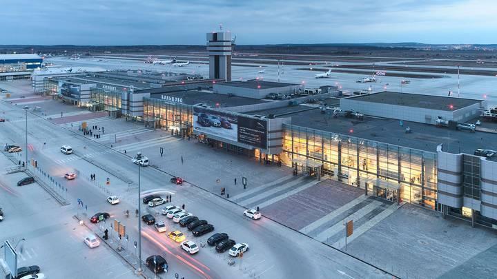 Рейс в Москву отложили из-за пассажира, которому стало плохо на борту