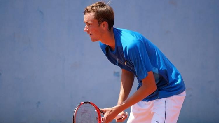 Российский теннисист Даниил Медведев заразился коронавирусом