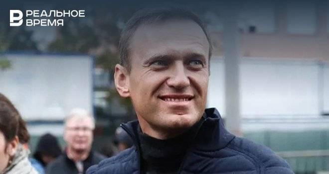 Навальный подал в суд на колонию из-за Корана