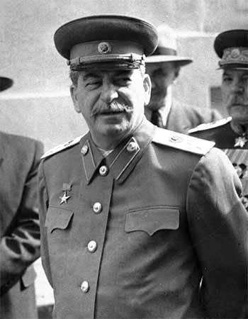 Сталин вошел в десятку идеальных политиков на Украине