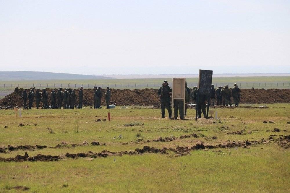 В Крымк границам Украины перебросили усмирявшую Грузию 58-ю армию ЮВО