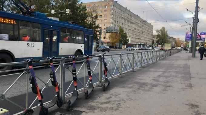 Петербургские электросамокаты и кикшеринги решили проверить перед сезоном