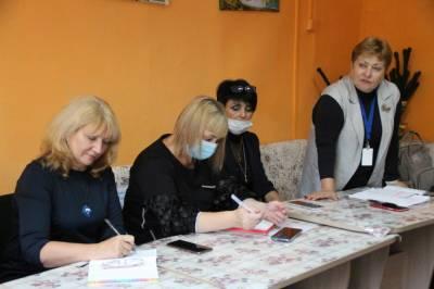"""В Корсакове продолжается работа проекта """"Забота 65+"""""""
