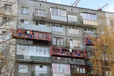 Более 200 фасадов домов Петербурга капитально отремонтируют