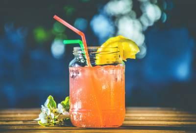 Для ресторанов и баров Санкт-Петербурга могут ввести комендантский час
