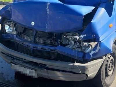 В Запорожье произошло столкновение двух маршруток, есть пострадавшие