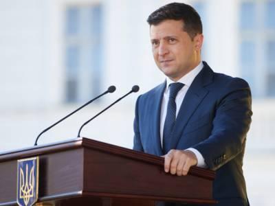 Украина может вернуться к жесткому карантину: Зеленский назвал условие