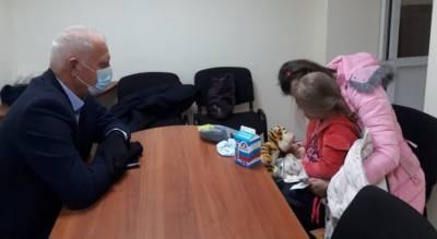 """""""Малышка спала на кресле, а мать - на голом полу"""": почему ярославцы так очерствели"""