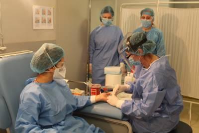 За сутки в Грузии инфицирован 131 медицинский сотрудник
