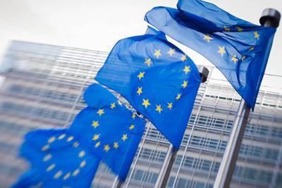 Любители поговорить довели Евросоюз к грани распада – эксперт