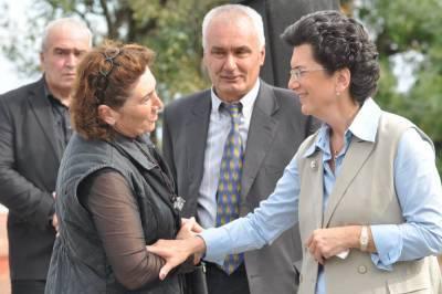 Партия Бурджанадзе призывает приостановить выплаты по кредитам до конца пандемии