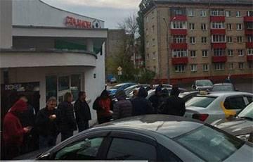 В Гомеле водители «Яндекс.Такси» начали забастовку
