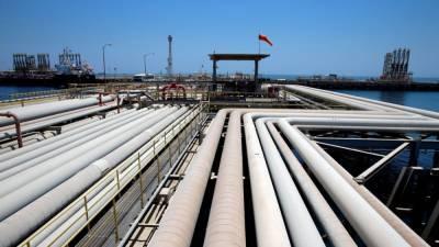 В саудовском порту вблизи Йемена подорвался на мине греческий танкер