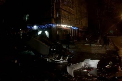 В Хмельницкой области погибли пассажиры легковушки, которая влетела в дерево и перевернулась (фото)