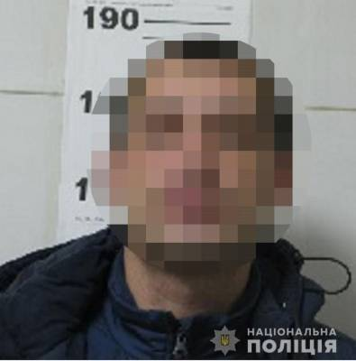 В Киеве пьяный иностранец на дороге пытался зарезать водителя