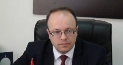 Бегство с корабля продолжается: в отставку ушел вице-губернатор Ширака