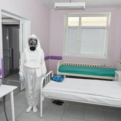 Дефицита коек для оказания помощи заразившимся коронавирусом в Калининграде нет