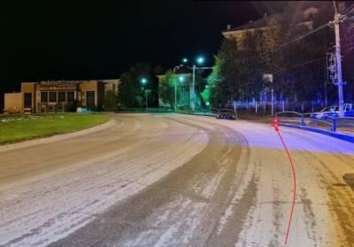 Пьяный скутерист в Ухте врезался в дорожное ограждение