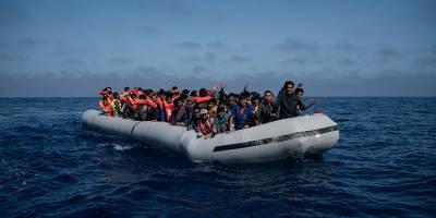 Капитан-украинец спас беженцев в Средиземном море, но ЕС отказался их принимать