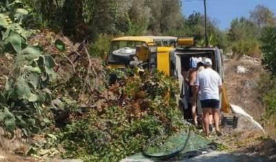 На юге Турции попал в аварию автобус с российскими туристами