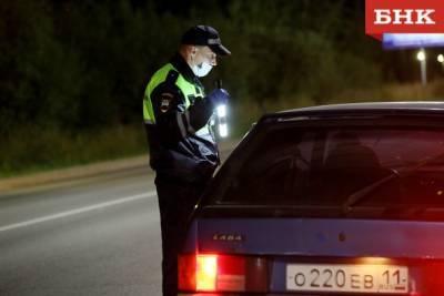 Житель Выльгорта отказался передавать права полицейскому из-за пандемии