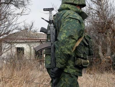 ВСУ попрятали военную технику среди жилых районов Донбасса