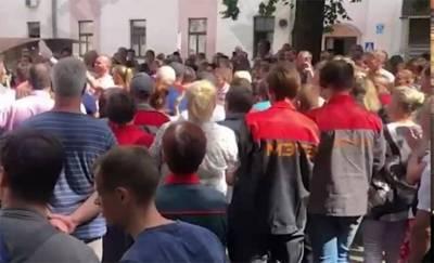 Работники минского завода не сдаются — под требованием новых выборов подписались больше 600 человек