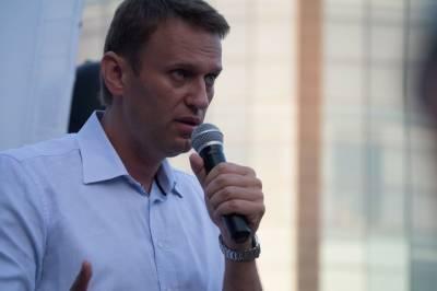 «Разговор с семьей»: Навальный подтвердил встречу с Меркель в берлинской клинике