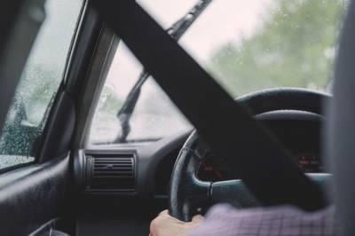В ростовских автосалонах под угрозой заставляли клиентов покупать машины