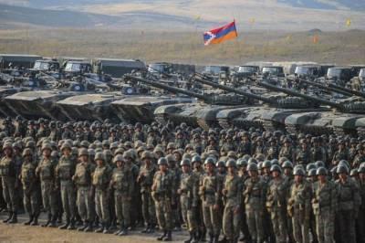 «Грохочущее эхо распада СССР»: о конфликте в Нагорном Карабахе