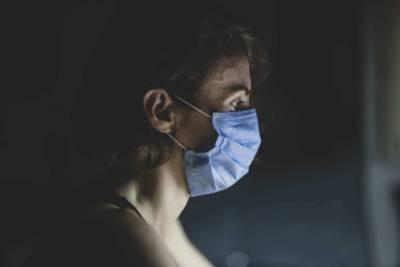 Названы симптомы коронавируса, при которых нужно срочно обращаться к врачу