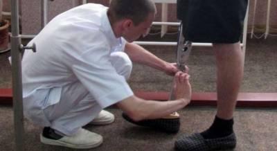 В Киеве рейдеры пытаются захватить завод по производству ножных протезов