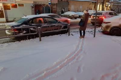 Мороз не пускает учеников в саратовские школы
