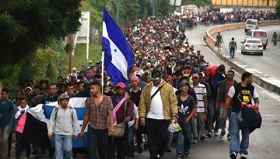 В Гватемале остановили тысячи мигрантов из Гондураса