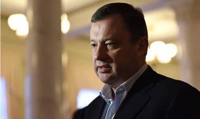 Жена попавшего под следствие Дубневича решила отсудить у него половину имущества