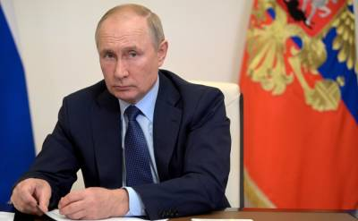 Выходные после вакцинации: Путин разрешил брать больничный тем, кто сделает прививку от коронавируса