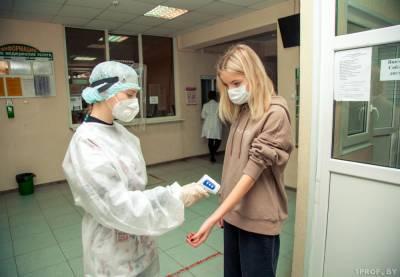 Массовая вакцинация от коронавируса стартует в Беларуси в апреле. Как она будет проходить и на что обращать внимание пациентам перед прививкой?