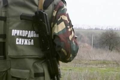 На молдавской границе задержали украинца с патронами, гранатой и наркотиками