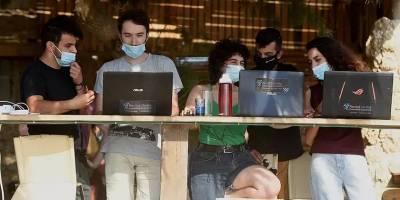 Почти десятая часть работников в Израиле занята в хай-теке