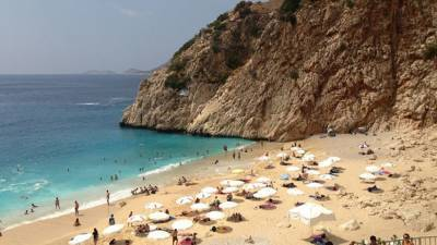 Спрос на поездки в Турцию среди российских туристов снизился на 25%