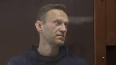 Администрация колонии в Покрове может начать кормить Навального принудительно