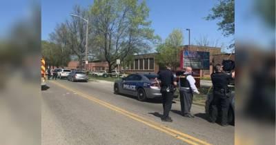 У США поліцейські ліквідували учня, який відкрив стрілянину у школі