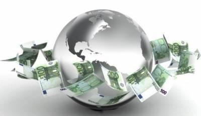 В пунктах оказания финуслуг в 2020 году принято 130,3 миллиарда наличными. 99,4% этой суммы перечислили небанки