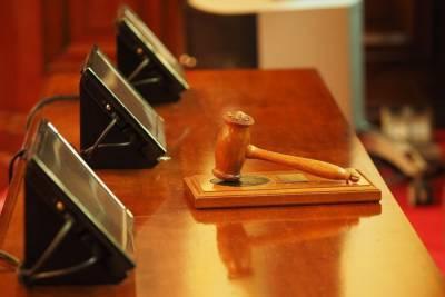 Осужденной жительнице Дедовичского района заменили условное лишение свободы на тюрьму