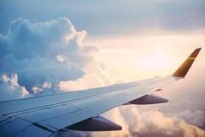 Самолет из Калининграда приземлился в Пскове с десятичасовой задержкой